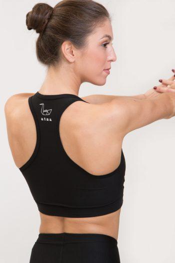Top per praticare yoga in poliammide nero made in italy