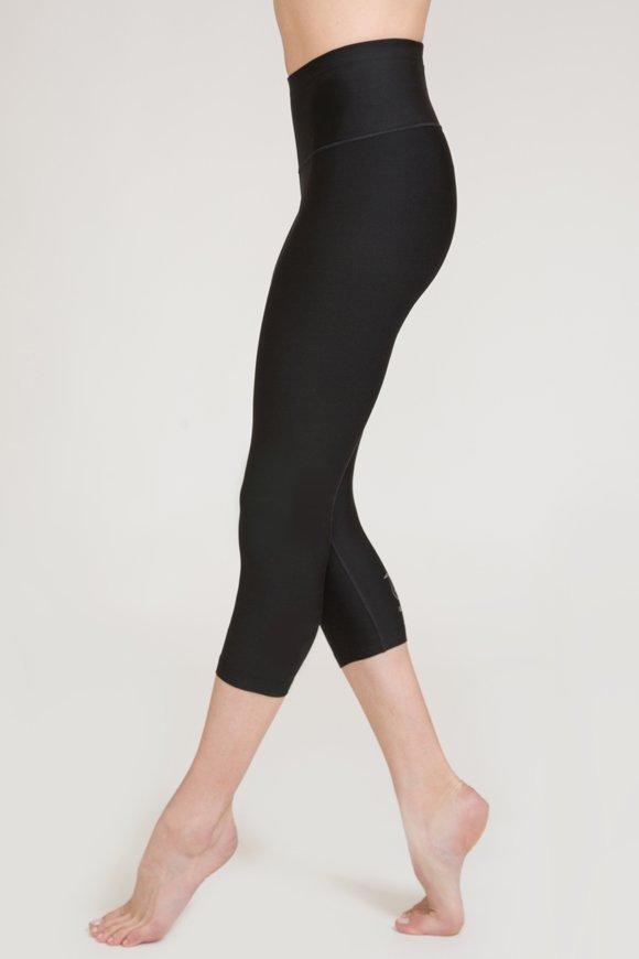 leggings capri kala abbigliamento yoga donna made in Italy colore nero