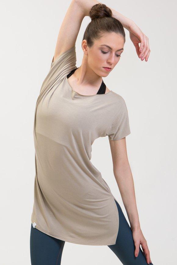 t-shirt sari abbigliamento yoga donna made in Italy colore sabbia