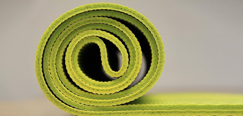 cosa aspettarsi durante una lezione di yoga parte prima