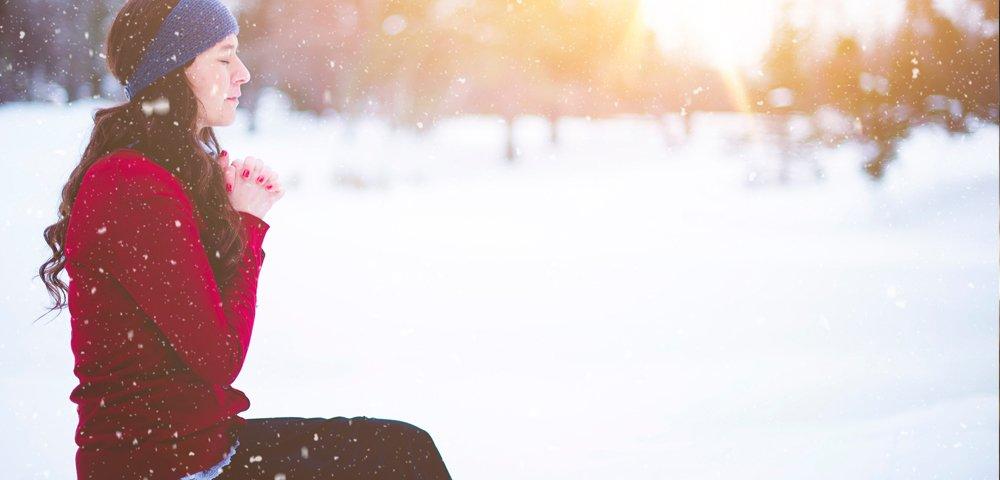 consigli per affrontare l'inverno insieme allo yoga