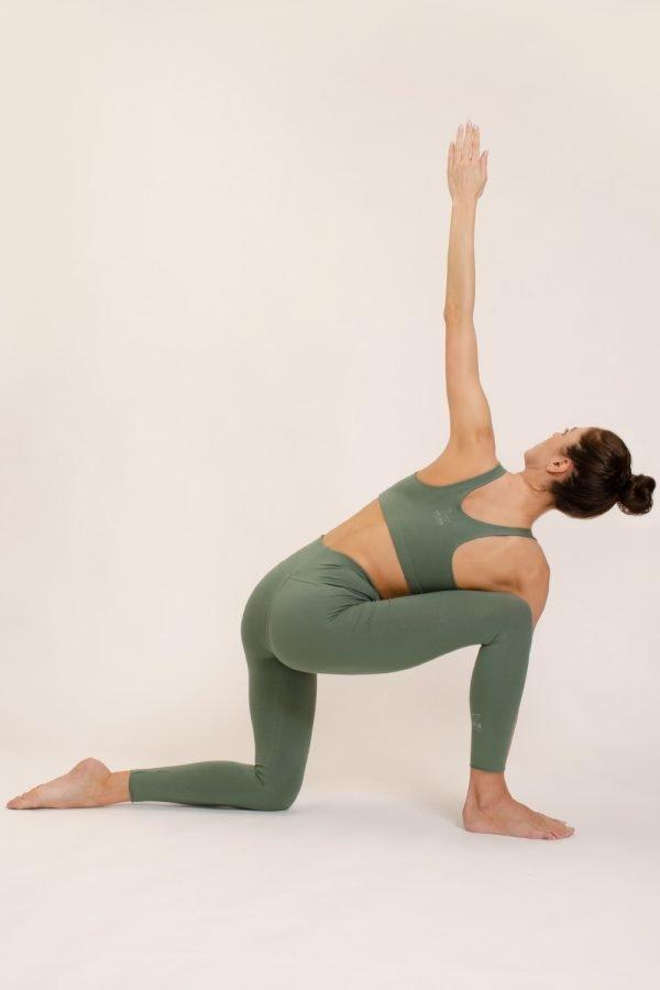 top mudra abbigliamento yoga donna made in Italy colore aloe