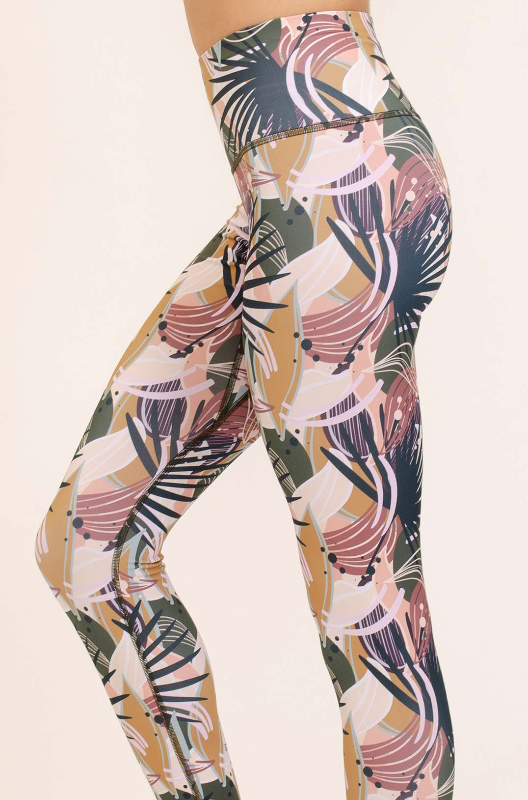 abbigliamento yoga consapevole made in italy atma feed your soul leggings tropical autumn