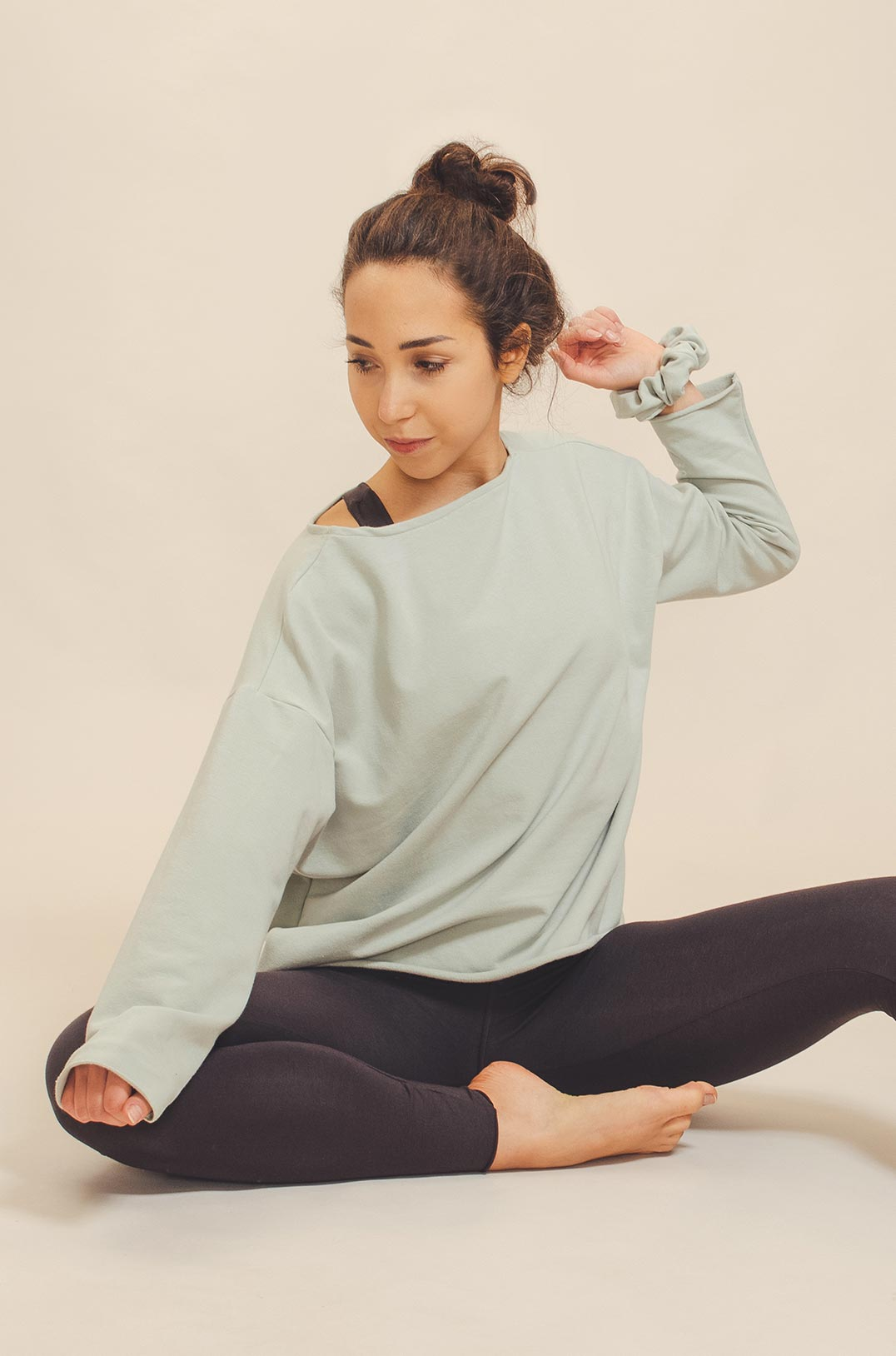 abbigliamento yoga consapevole made in italy atma feed your soul cotton felpa uma colore brina